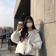Korean Girl Fashion, Ulzzang Fashion, Korean Street Fashion, Kpop Fashion Outfits, Korean Outfits, Aesthetic Couple, Korean Aesthetic, Aesthetic Girl, Pretty Korean Girls
