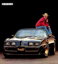 "1981 Pontiac Firebird Trans Am Special Edition with t-tops - Burt Reynolds / Smokey and the Bandit II .I prefer the from the first ""Smokey and the Bandit"" movie. Pontiac Firebird Trans Am, Pontiac Gto, Chevrolet Camaro, Dodge, Buick, Plymouth, Cadillac, Bicicletas Raleigh, Film Cars"