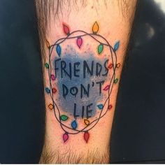 Stranger Things es una serie relativamente breve, pero se quedó en nuestros corazones ochenteros para siempre. Y si amas a Eleven tanto como nosotras, ¿por qué no llevarla en un bonito tatuaje por siempre?