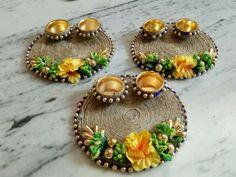 New creation Craft Diwali Decoration Items, Thali Decoration Ideas, Diwali Decorations At Home, Festival Decorations, Handmade Decorations, Housewarming Decorations, Jute Crafts, Diy Crafts For Gifts, Diy Home Crafts