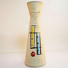 West German Pottery Vase • Scheurich • 520/22 • Mid Century • Modernist Danish Modern, Mid-century Modern, Plant Stands, Pottery Vase, Vintage Ceramic, Planters, Germany, Mid Century, Sculpture