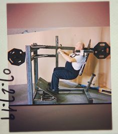 Pendulum squat with changable counter balance system, movable and angle changing foot plazform and with pegs on front and back side of machine. Squat Machine, Weight Training, Predator, Squats, Counter, Strength, Fitness, House, Ideas