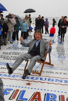 Comedy Carpet by Gordon Young 03