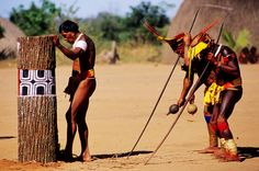 The Parque Indigena do Xingu, the largest area ever set aside for the exclusive use of native peoples anywhere in the world, is situated in. Native Girls, Xingu, Indigenous Tribes, Tribal People, African Tribes, Amazon Rainforest, Indian Festivals, Smiles And Laughs, Culture