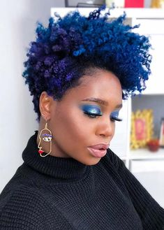 Drawing Hair Ideas Bold, Natural Blue and Purple Hair - Going au naturel might seem scary but with these 31 best short natural hairstyles for black women, you might kick yourself for not going for the chop sooner Blue Natural Hair, Tapered Natural Hair, Natural Hair Styles For Black Women, Short Natural Styles, New Hair, Cabello Afro Natural, Hair Photo, Black Women Hairstyles, Latest Hairstyles