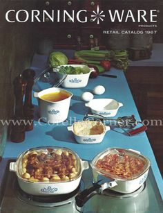 1967 Corning Ware catalogue, lists Blue Cornflower and All White. Corningware Vintage, Vintage Kitchenware, Vintage Dishes, Vintage Pyrex, Food Containers, Budget, Dinnerware, Kitchen Dining, Corn Flower