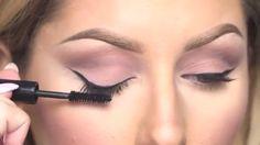 How to Apply Mascara Look Like Pro ( Photo + Video Tutorials )