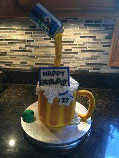 Beer mug cake Beer Mug Cake, Cakes, Mugs, Tableware, Food Cakes, Dinnerware, Cake Makers, Kuchen, Tumblers