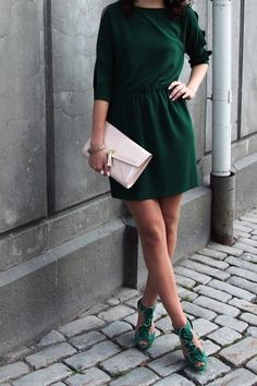emerald green dress with emerald green strappy heels