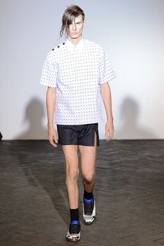 e4c106b32734f Farfetch - For the Love of Fashion. Men s WardrobeRaf SimonsShort ShortsMale  ...