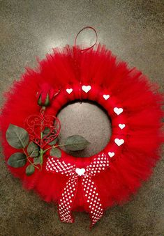 Red Tulle Valentine's Day Rose Wreath. Free shipping!