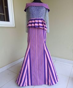 Mon Amour smock and lace. Did anyone see this dress somewhere last night? I'm in love with this piece. It was made for the beautiful Glitter to shine more 😍😍😍 African Wear, African Attire, African Dress, African Fashion, Ankara Styles, Smocking, Purple, Amy, Sleeves