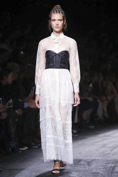 Valentino Show Ready to Wear Collection Spring Summer 2016 in Paris