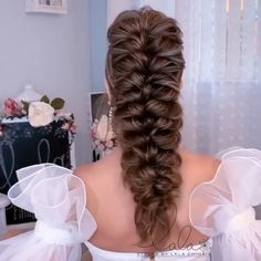 Bun Hairstyles For Long Hair, Elegant Hairstyles, Bride Hairstyles, Pretty Hairstyles, Female Hairstyles, Hairstyle Men, Style Hairstyle, Hairstyles 2018, Hair Up Styles