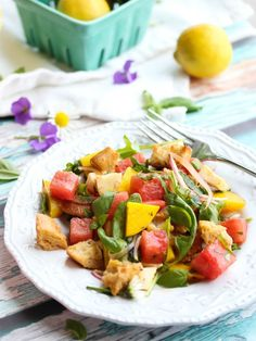 Summer Panzanella Salad // Healthy Watermelon Recipes