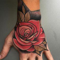 Para citas/ For bookings kike.esteras@gmail.com hecho en @goldstreet.tattoo con material de @barber_dts @barberdts.spain