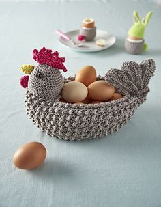 Crocheted hen egg basket – brilliant! Pattern on Ravelry.