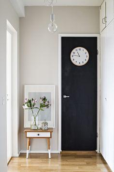 The Secret World, Sweet Home, Gallery Wall, Clock, Organize, Home Decor, Ideas, Living Room, Watch