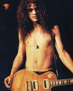 #slash #gnr #gnfnr #gunsnroses #tour #music #notinthislifetimetour #rock #love #metal #rocknroll #cute #guitar #guitarra #rockstar #show #concert #legends #notinthislifetime #tourlife #sexy #guys #hot #snake #music #shirtless #sex #live