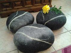 sitzkissen stein gefilzt