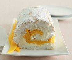 Rotolo di meringa con mango e passion fruit ricetta