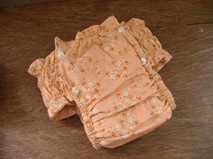 Godly Homemaking: Make your own cloth pull-ups (but waterproof outside for overnight? Training Pants Pattern, Pull Ups Training Pants, Cloth Training Pants, Cloth Nappies, Cloth Pads, Baby Sewing Projects, Sewing For Kids, Make Your Own, Make It Yourself