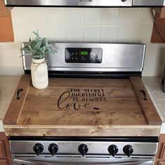 Idea, methods, including manual in the interest of getting the most effective end result as well as creating the maximum perusal of Kitchen Gagets Gas Stove Top Covers, Wooden Stove Top Covers, Farmhouse Kitchen Decor, Diy Kitchen, Kitchen Design, Vintage Farmhouse, Kitchen Ideas, Stove Top Oven, Clean Stove Top