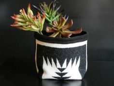 Storage container, fabric from Pendleton Oregon, small size tribal gift bucket, black, cream