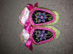 Toddler girls haudenosaunee raised beadwork moccasins - floral theme w/ pink, light blue, and green :) #MEGAcuteness :)