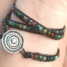 Homemade bracelet! Diy Bracelets How To Make, Homemade Bracelets, Homemade Jewelry, Paracord Bracelets, Beaded Bracelets, Wrap Bracelets, Bracelet Making, Jewelry Making, How To Make Leather