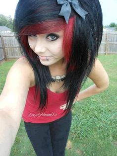 #red & #black #dyed #scene #hair #pretty