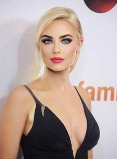 Most Beautiful Eyes, Gorgeous Women, Beautiful People, Girl Face, Woman Face, Beauty Full Girl, Beauty Women, Blonde Beauty, Hair Beauty