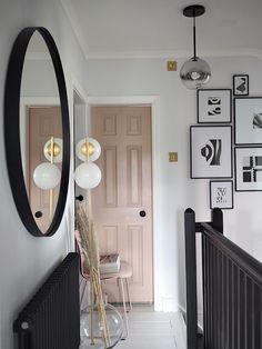 Home Decoration Ideas For Wedding Key: 2438903595 Pink Hallway, Black And White Hallway, Hallway Paint, Tiled Hallway, Upstairs Hallway, Hallway Shelf, Upstairs Landing, Hallway Rug, Hallways