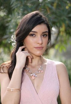 Peach Sparkly Necklace