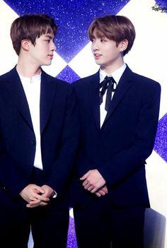 Seokjin es el amor platónico de Taehyung y el hermano mayor de Jungko… #fanfic #Fanfic #amreading #books #wattpad