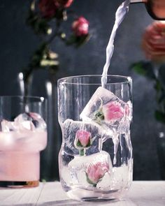 Gratifying Pink Rose Limonade GIF # Food and Drink art caffeine Fancy Drinks, Cocktail Drinks, Yummy Drinks, Cocktail Recipes, Spring Cocktails, Processco Cocktails, Champaign Cocktails, Lychee Cocktail, Rose Cocktail