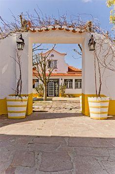 Entrada a Villa das Rosas via Thinkstock.