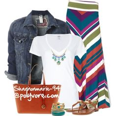 Colorful Maxi Skirt is the star of this outfit. Fashion Moda, Look Fashion, Fashion Outfits, Casual Outfits, Summer Outfits, Cute Outfits, Striped Outfits, Casual Clothes, Mode Style