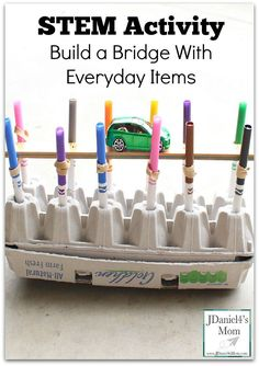 STEM Activity Build a Bridge with Everyday Items Bridge Stem Science, Preschool Science, Science For Kids, Science Classroom, Physical Science, Teaching Science, Science Education, Earth Science, Steam Activities
