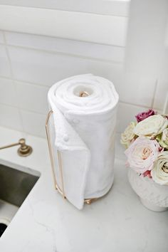 Unpaper Towel DIY (They Are Reuseable!) – A Beautiful Mess diy crafts for the home do it yourself easy country decoration paint organization projects Diy Cleaning Products, Cleaning Hacks, Diy Hacks, Wc Tabs, Recycling, Ideias Diy, Beautiful Mess, Sustainable Living, Sustainable Products