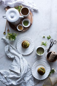 Spirulina, Food Photography Styling, Food Styling, Superfoods, Scones, Creative Food Art, Matcha Smoothie, Green Superfood, Food Goals