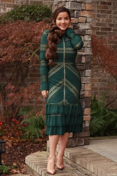 Our Evelyn dress is now available and going fast! S-L This Dress is a stunner, high quality sold in higher end stores. Winter Dress Outfits, Casual Dress Outfits, Modest Outfits, Modest Fashion, Fashion Dresses, Cute Outfits, Little Buddha, Looks Plus Size, Queen