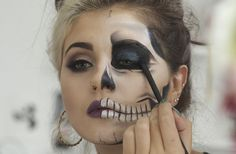 half skull makeup - Pesquisa Google