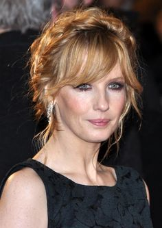Image from http://upload.wikimedia.org/wikipedia/commons/e/e1/Kelly_Reilly_2013.jpg.