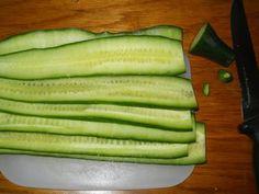 Anyósom egy uborkaszeletet tett az ablakba, nem értettem miért csinálja, de kellemes meglepetés ért! - Bidista.com - A TippLista! Cucumber, Zucchini, Vegetables, Health, Food, Anna, Gardening, Household, Health Care