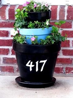 Pretty three tiered house number planter. #patio #outdoor #diy #planter
