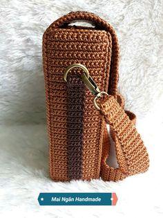 Best 10 Ravelry: Macaroon Bag pattern by Indri Safitri – SkillOfKing. Crochet Backpack, Crochet Clutch, Backpack Pattern, Crochet Handbags, Crochet Purses, Crotchet Bags, Knitted Bags, Crochet Bag Tutorials, Crochet Patterns