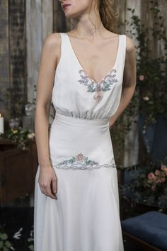 Bridalwear designer based in London, creating timeless and unique wedding dresses for the modern romantic. Sienna also offers a bespoke design service. Bespoke Design, White Wedding Dresses, Unique Weddings, Service Design, White Dress, Inspiration, Collection, Fashion, White Dress Outfit