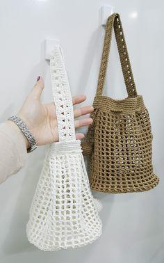 Diy Crochet Rug, Free Crochet Bag, Crochet Market Bag, Diy Crochet And Knitting, Crochet Doilies, Crochet Stitches, Crochet Patterns, Crotchet Bags, Knitted Bags
