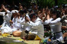 Umat Hindu di Magelang laksanakan Melasti